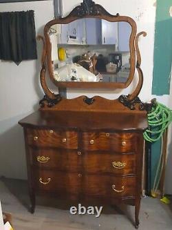 1895 Victorian Tiger Oak Dresser WithSerpentine Front WithOriginal Bevel Mirror