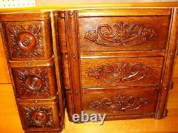 1904 Antique Singer Sewing Machine 6 Drawers & Racks, Tiger Oak, Ornate