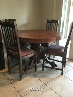 ANTIQUE CLAW FOOT TIGER OAK DINING TABLE 44. ROUND Original