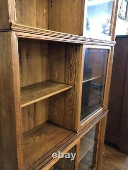ANTIQUE TIGER OAK DANNER SECTIONAL 3-STACK BOOKCASE WithSLIDING WAVY GLASS DOORS
