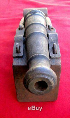 AUTHENTIC 1700s CAST IRON 12 SIGNAL CANNON & ORIGINAL TIGER OAK / IRON CARRIAGE