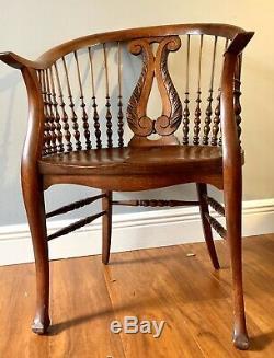 Antique Barrel Tiger Wood Craftsman Fancy Turner Spindle Windsor Mission Chair