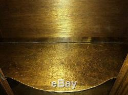 Antique Curved Glass Tiger Oak Curio Cabinet Bowed Glass Front Quarter Sawn