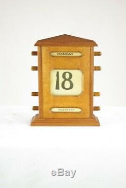 Antique Desktop Calendar, Tiger Oak Perpetual Calendar, Scotland 1900, B1444