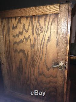 Antique Dr. D. J. Myers Remedy Co. Medicine/pharmaceutical Display Case Tiger Oak