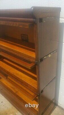 Antique QUARTERSAWN TIGER OAK GLOBE WERNICKE 299 BARRISTER STACKING BOOKCASE