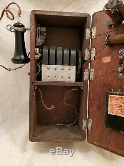 Antique Stromberg Carlson Telephone Tiger Oak Dovetailed Hand Crank Wall Phone