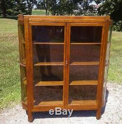 Antique Tiger Oak Mission Arts and Crafts Style China Cabinet 1930s