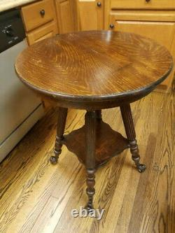 Antique Tiger Oak Parlor Lamp Table WithClaw Ball Feet And Gargoyle Leaf Man Face