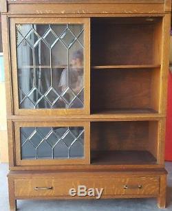 Antique Tiger Oak china Cabinet, hutch