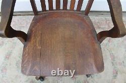 Antique tiger oak Globe Wernicke swivel bankers office desk armchair mission
