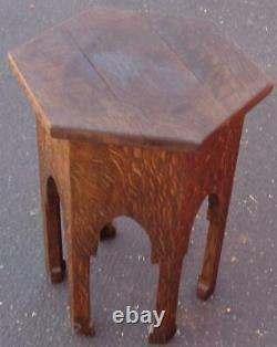 Beautiful Solid Wood Antique Plant Stand Tiger Oak Quarter Sawn BEAUTIFUL