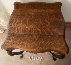 C1880 Antique Victorian Quarter Sawn Tiger Oak Side Parlor Table with Shelf