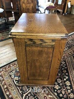 Minnesota Model K Treadle Sewing Machine Tiger Oak Cabinet Ca 1910 Serial #7927k