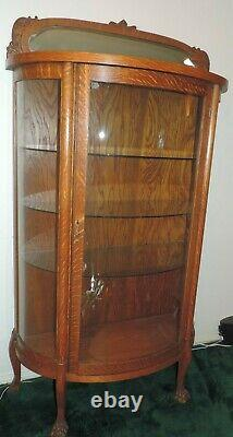 Tiger Oak Curved Glass Display Case Mint Condition
