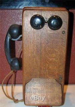 VINTAGE ANTIQUE TIGER OAK KELLOGG WALL MOUNT HAND CRANK TELEPHONE 1900's SS2