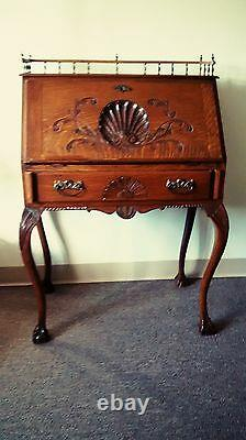 Victorian Antique(tiger Oak) Petite Writing Desk 1750 Local Pick Up Only