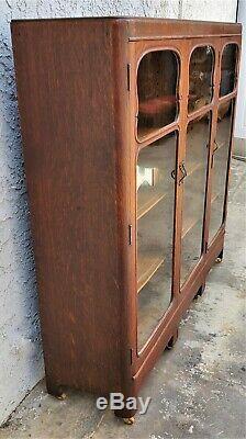 Vintage American Solid Tiger Oak 3 Door Bookcase Display China Cabinet LA Area
