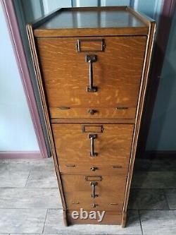 Vintage Tiger Oak Quarter Sawn Solid Wood File Cabinet 3 drawer 15 x21 45 OLD