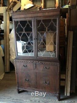 Vintage Tiger Oak Veneer China Cabinet Hutch