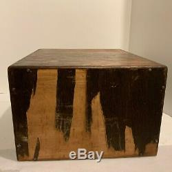 Vintage Yawman and Erbe MFG Tiger Oak 4 Drawer Wooden Library Card File Cabinet